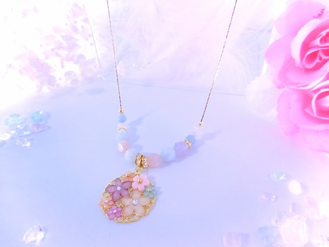 アクアマリン&水晶ミックスパステルネックレスの画像