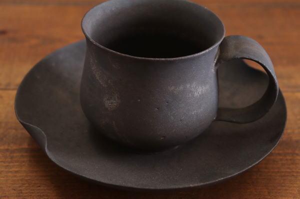 高田志保 黒マグカップショート画像