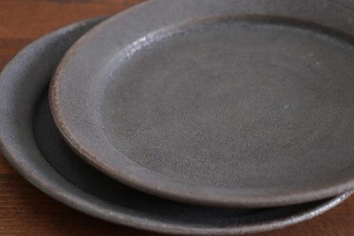 山本泰三 緑黒彩7寸平皿画像
