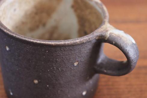 村上直子 黒灰釉筒型マグ画像