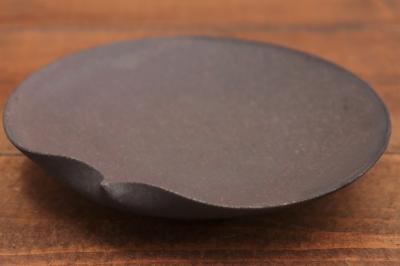 高田志保 黒釉片口5寸皿画像